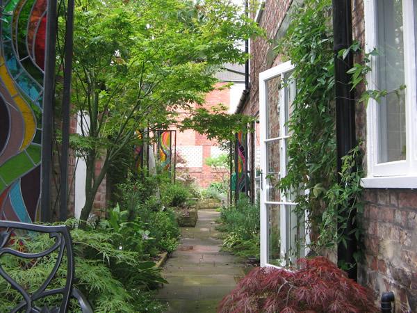 Inner City Backyard Ideas : back to portfolio home ? previous  next ?